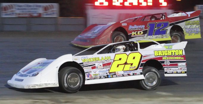 Phil Potts won his second Pro Late Model feature of the season during the mid-season championships. (Rod Henderson photo).