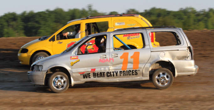 The Gord's Water Vantastics return for their second and final race of the season. (Rod Henderson photo).